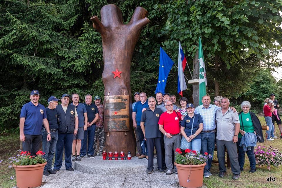 Odkritje obnovljenega spomenika, Kal 4.7.2018