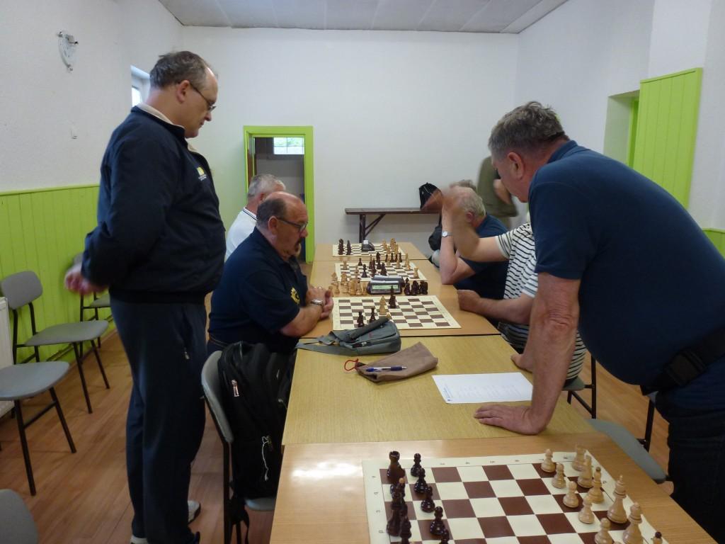 tudi okrog šahovnic je bilo zanimivo