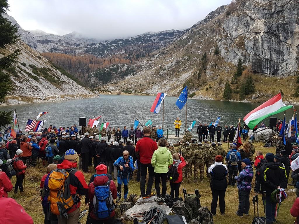 Slovesnost ob 100-letnici konca I. svetovne vojne pri Krnskem jezeru