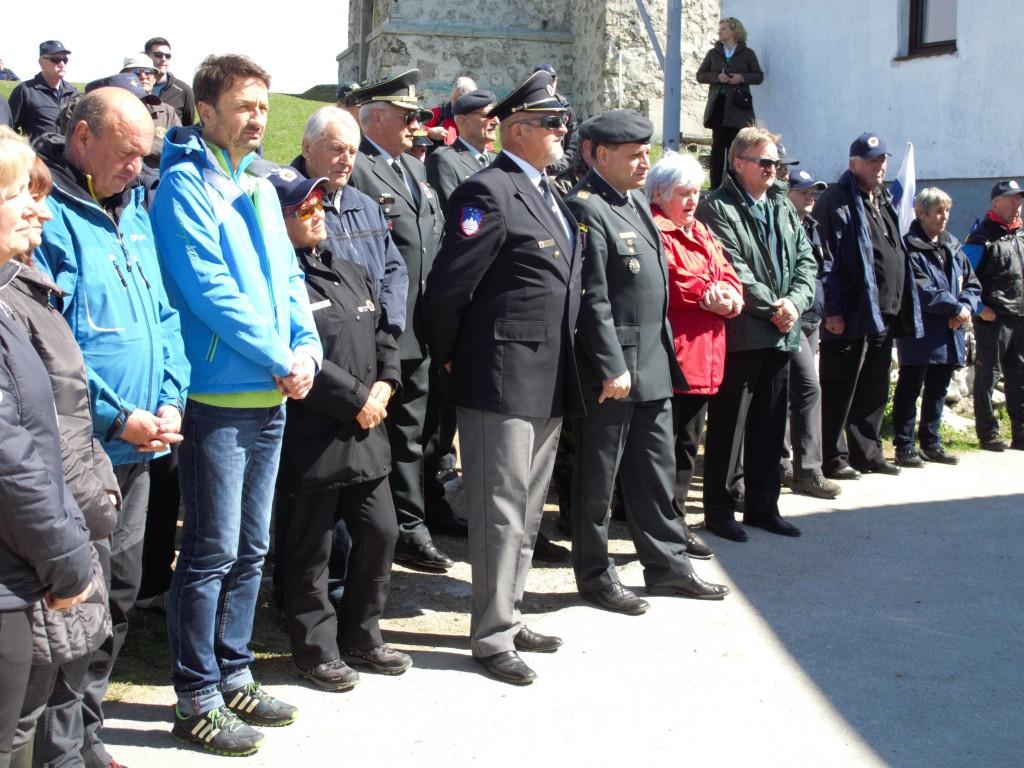 10. pohod in srečanje veteranov na Kumu